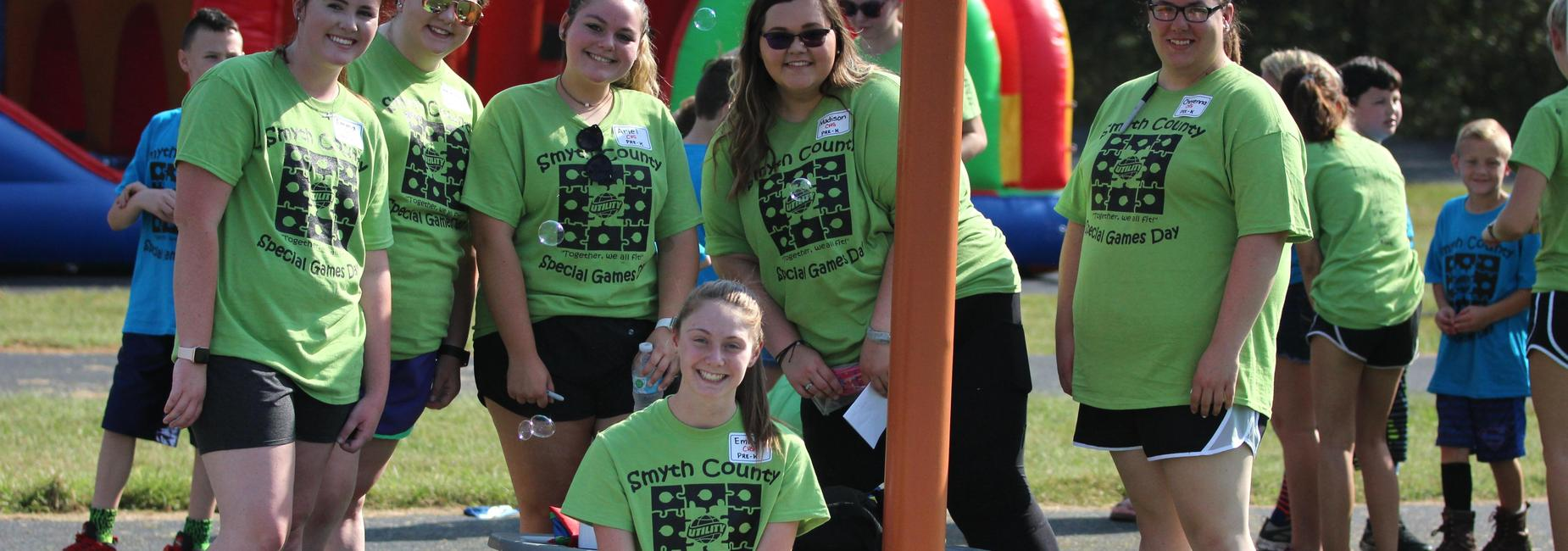 Student volunteers at Special Olympic Games