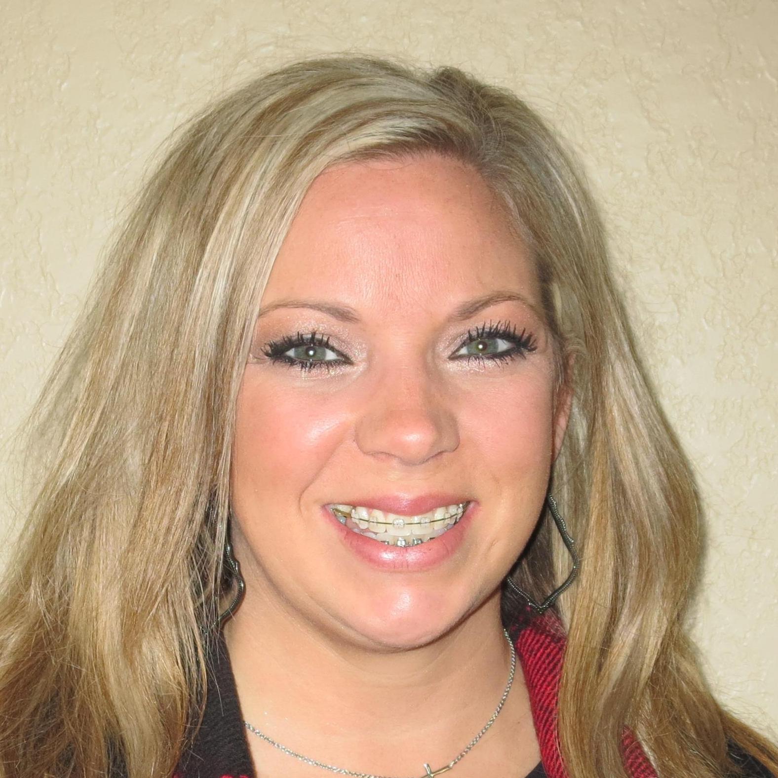 Mandi Roberts's Profile Photo