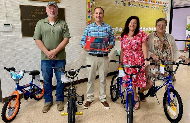 Bicycles and Nintendo Switch prizes for summer school