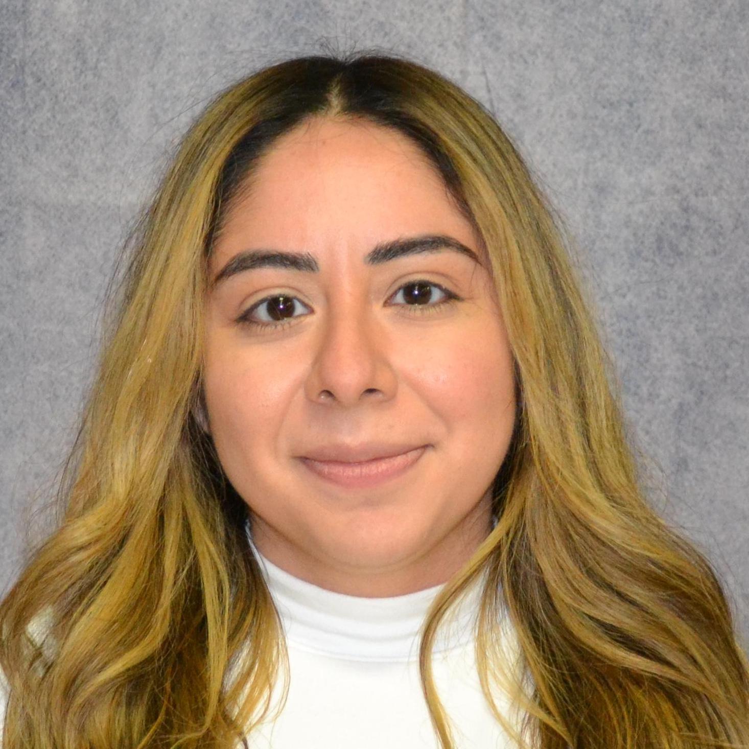 Sheyla Robles's Profile Photo