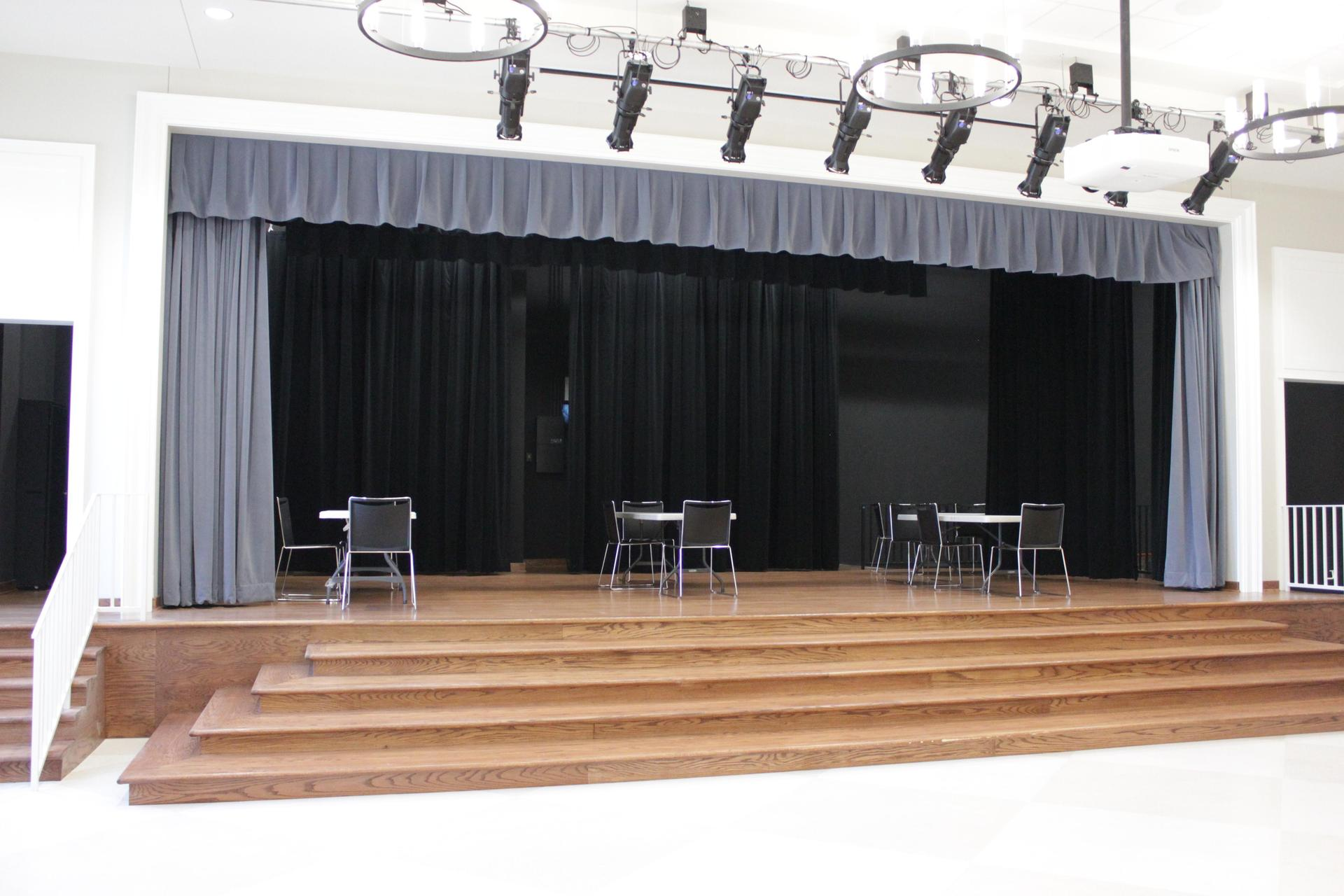 Hyer stage curtains 01221