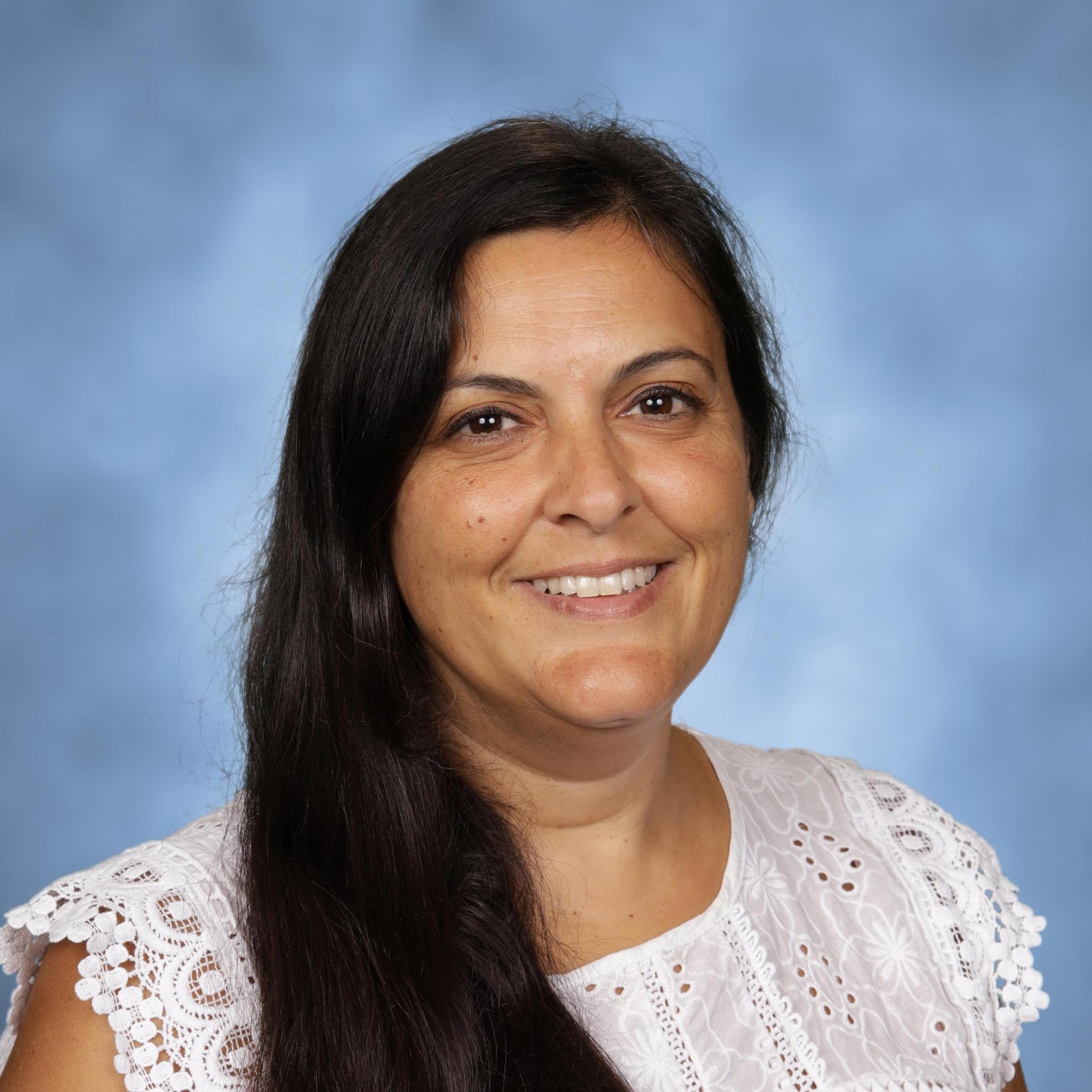 Isabel Martinez's Profile Photo