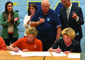 Mustang twins sign with UT Austin