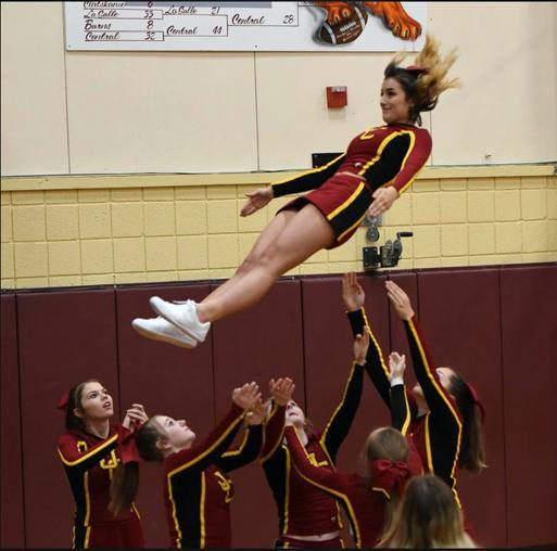 2018 Cheer Stunt Picture