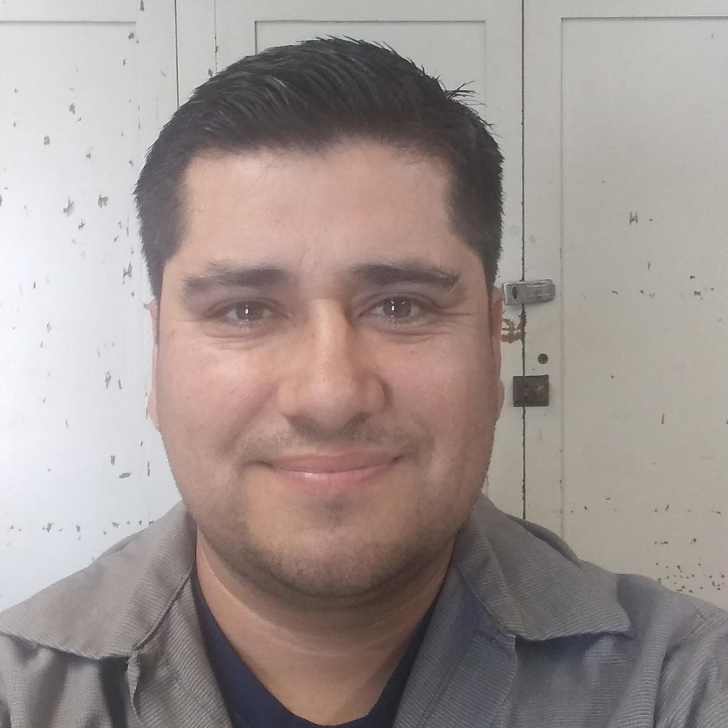 Rigo Flores's Profile Photo