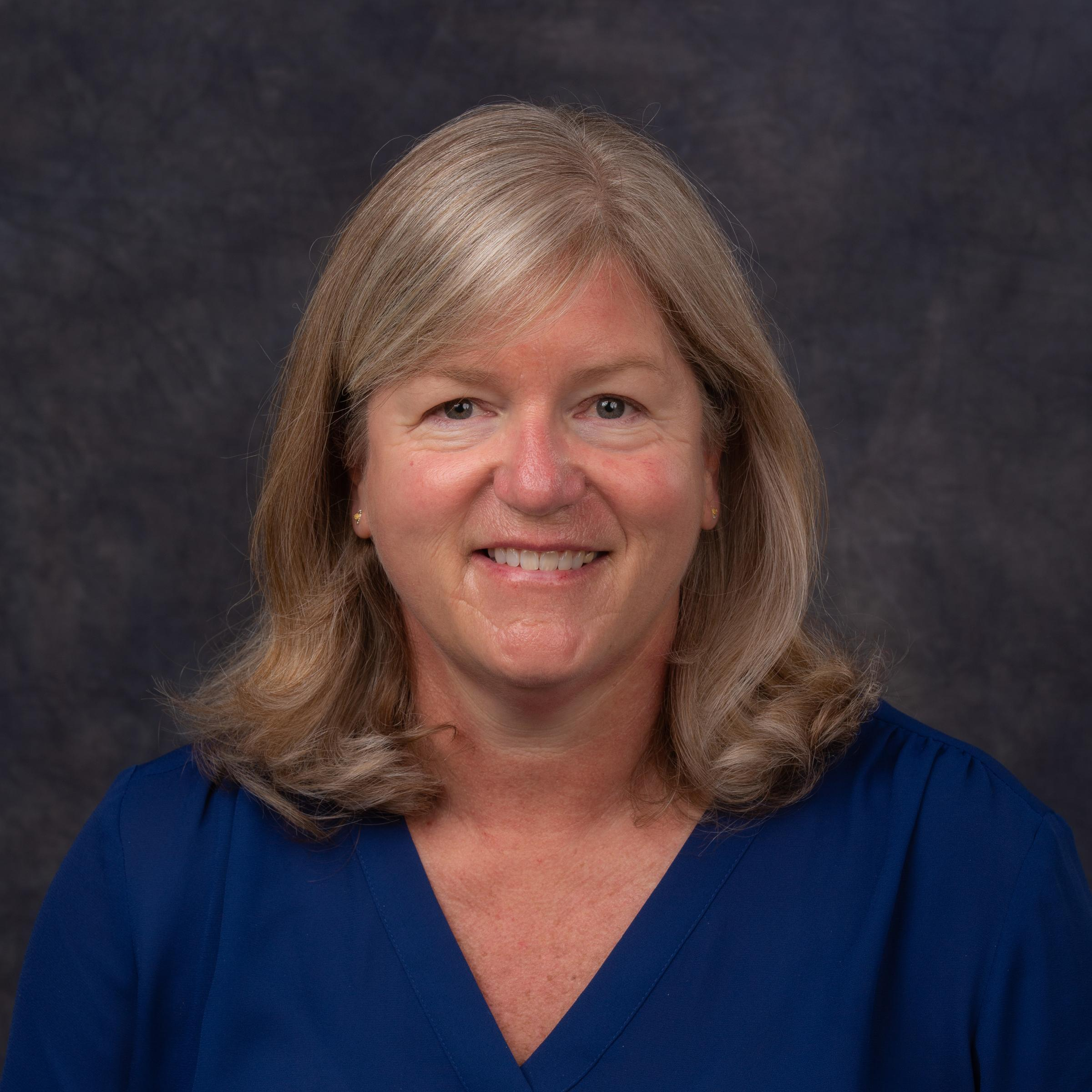 _Leslie Crosby's Profile Photo