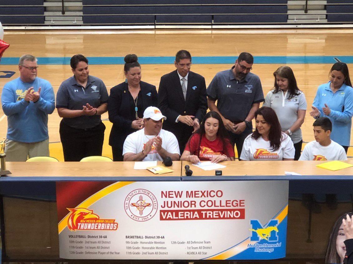 Valeria's signing