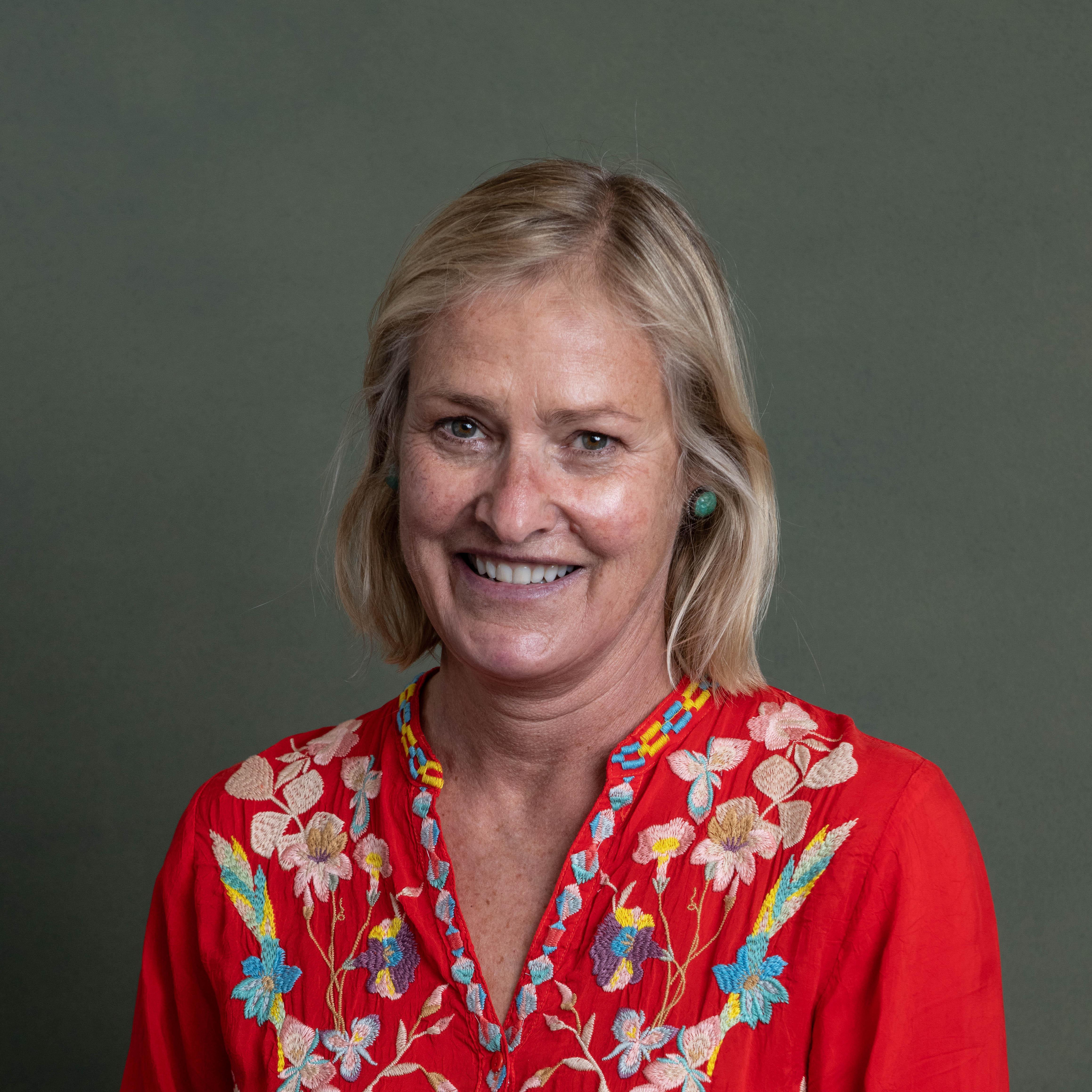 Julie Long's Profile Photo