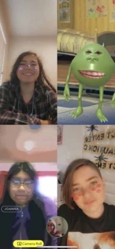 Chowchilla High Students enjoying facetime friday