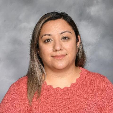 Carla Raya Hernandez's Profile Photo