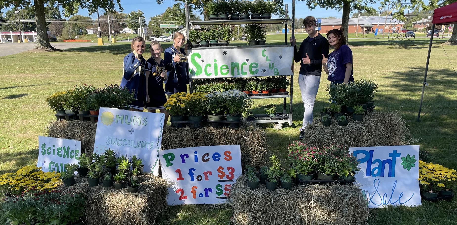 science club stand at Homecoming