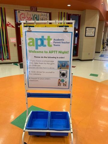 Welcome sign for parents on APTT night