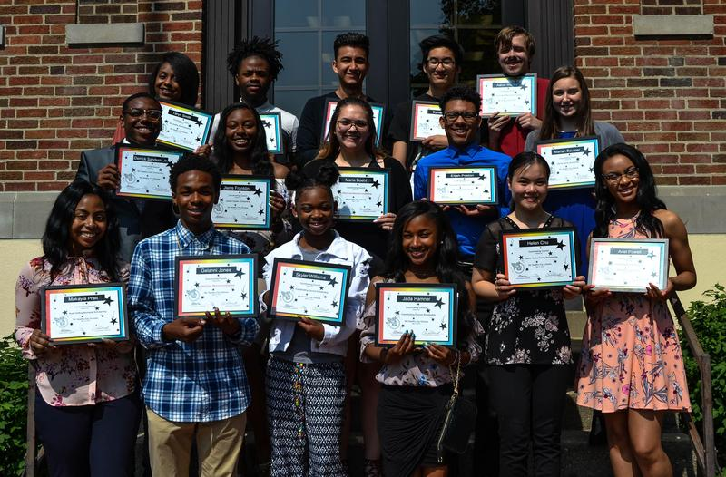 Mt. Healthy Seniors Earn Coordinating Council Scholarships for College Featured Photo