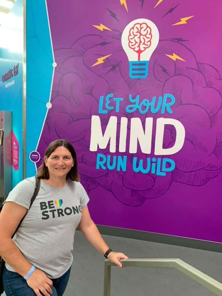 Me in front of Amazing Brain Sign