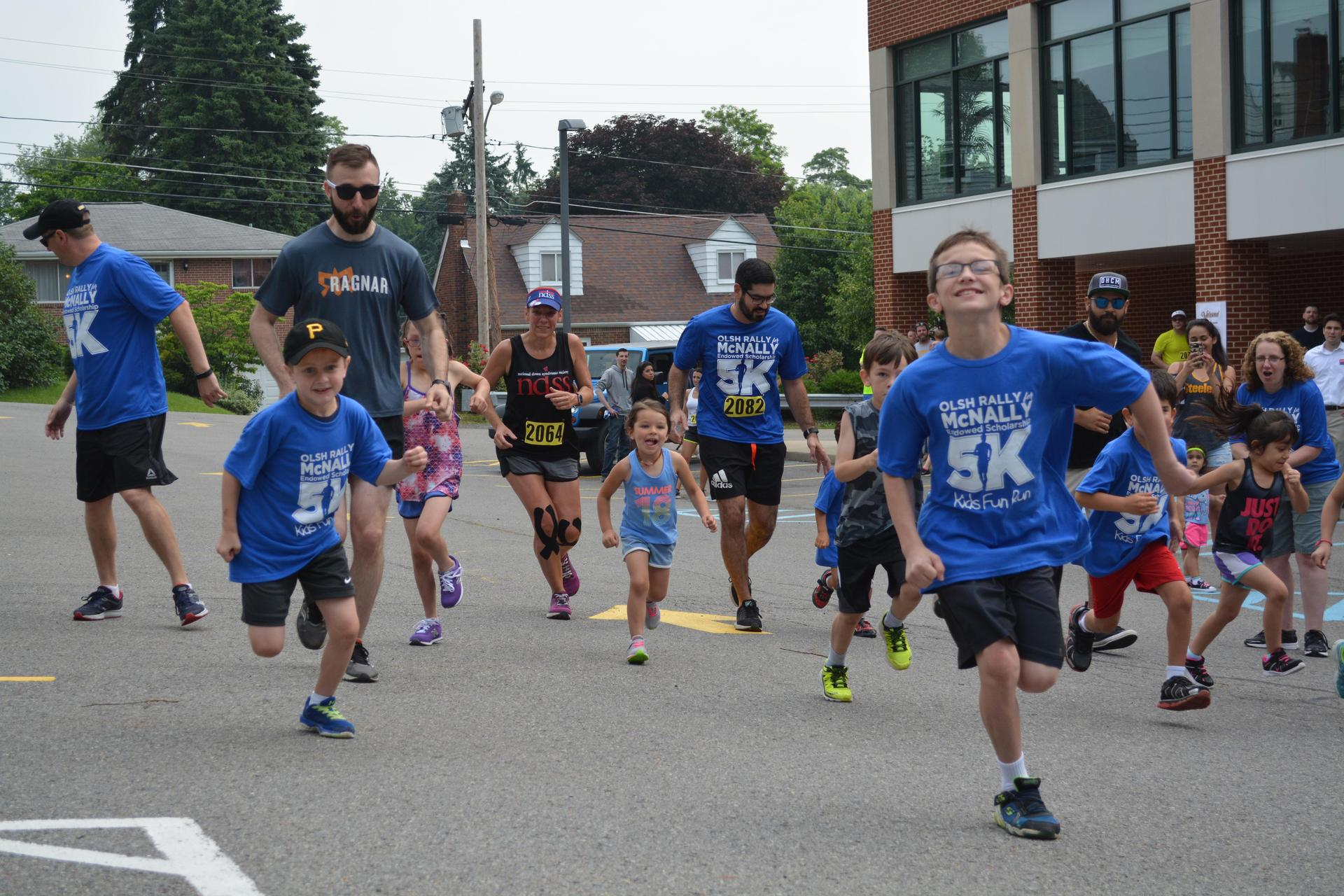 The children participating in the OLSH Rally for McNally Kids Fun Run start their race
