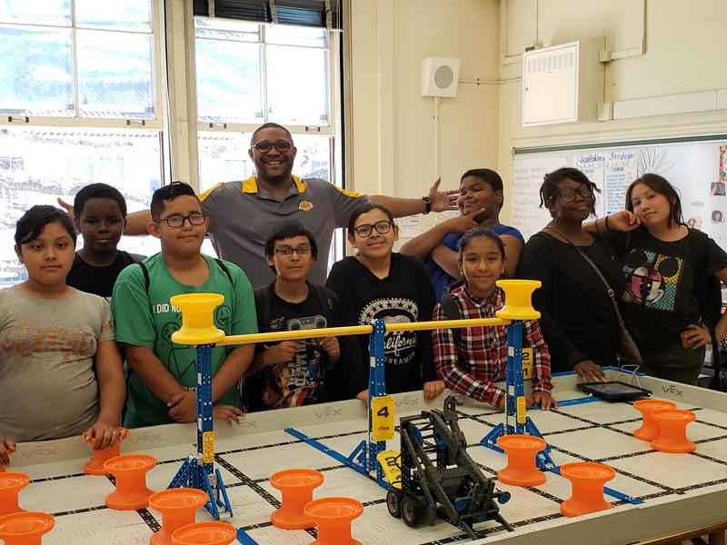 Samuel Gompers Middle School Hosts VEX IQ Robotics:  Challenge Competition Featured Photo