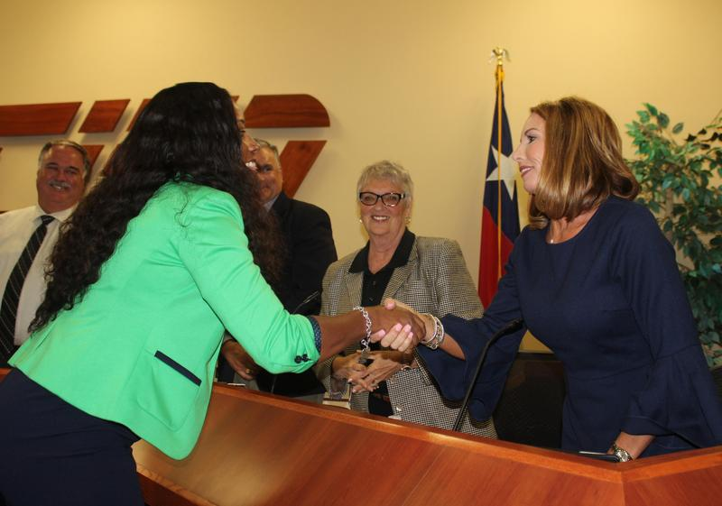 Trustees welcome new Irving principal