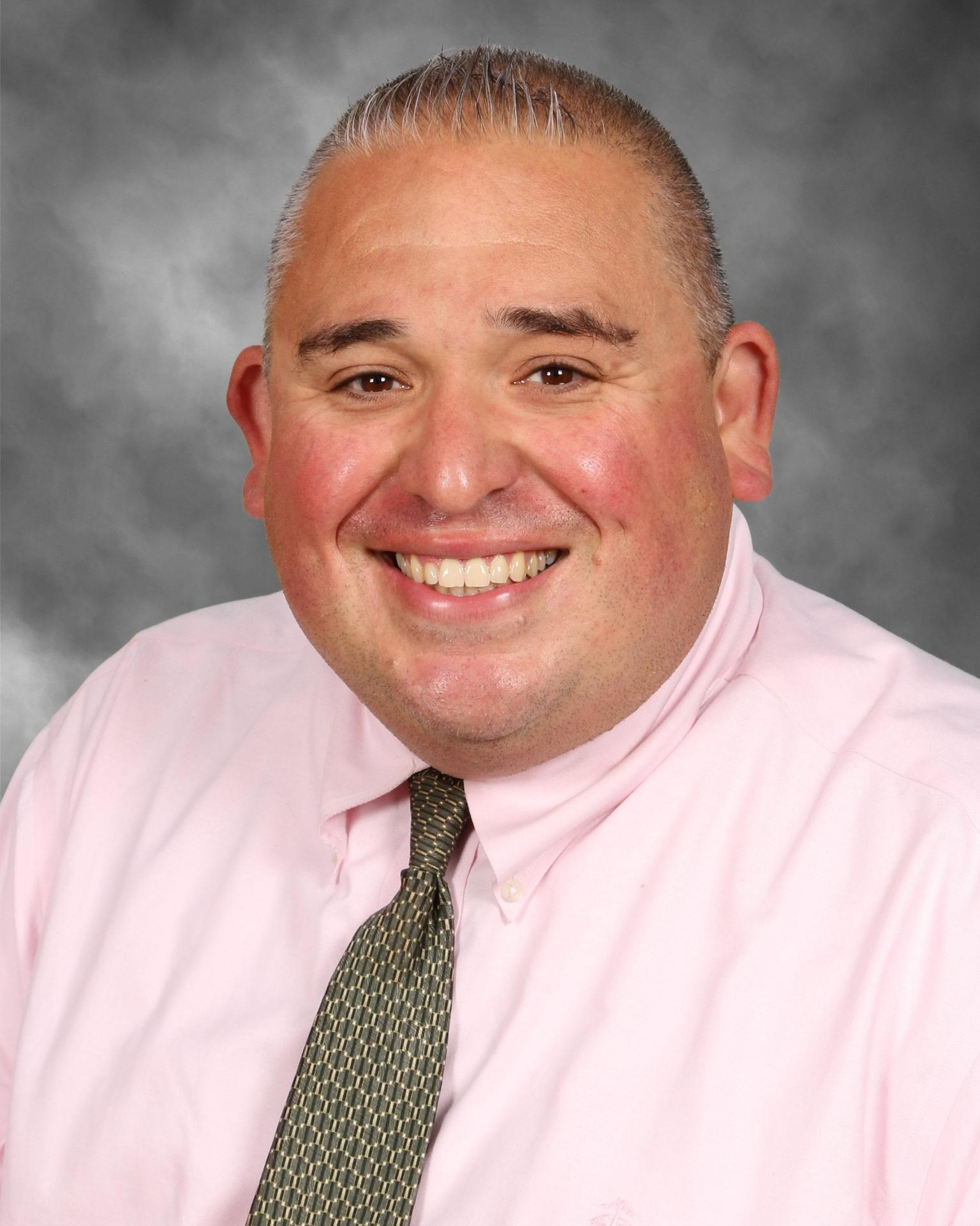 Principal MacArthur Profile Picture
