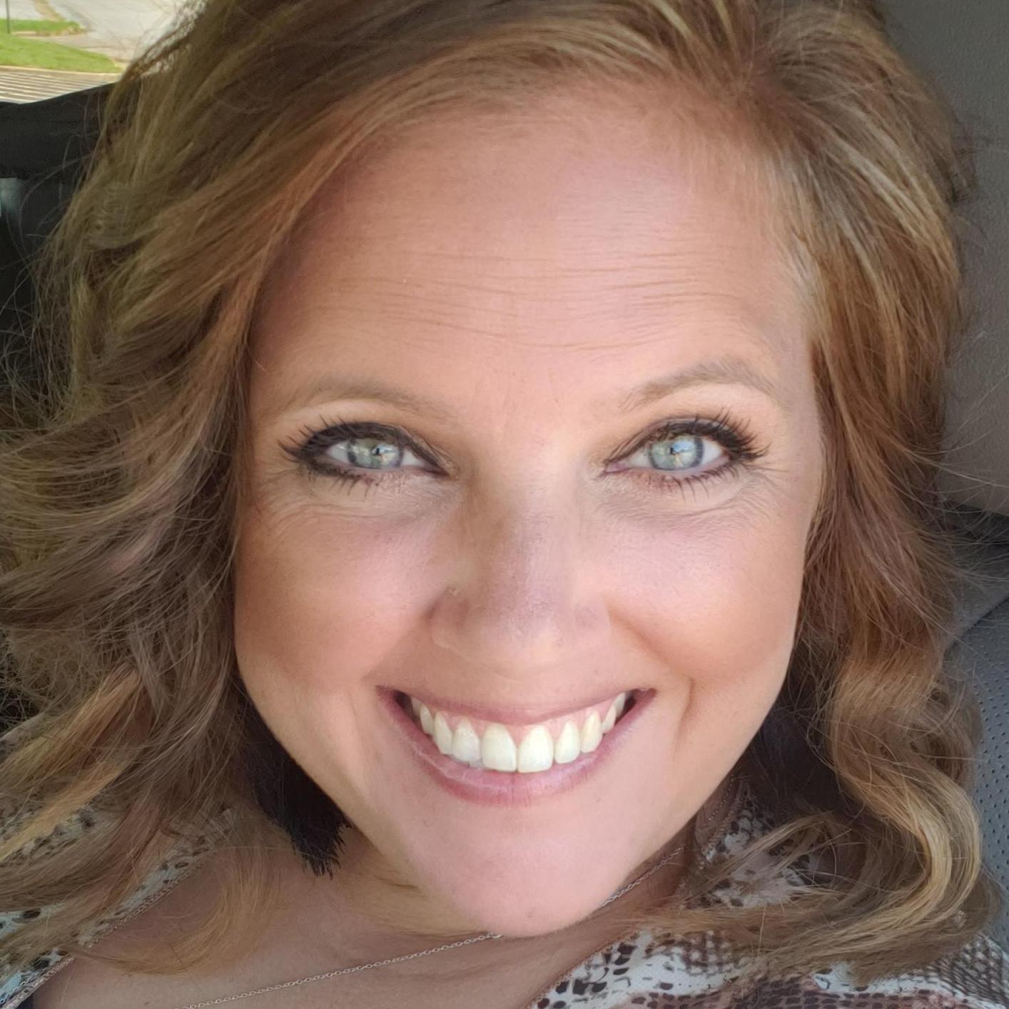 Kellie Linahan's Profile Photo