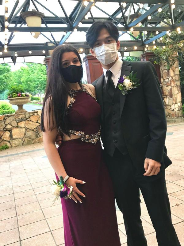 The class of 2021 celebrated their Senior Prom at the Crest Hollow Country Club. Featured Photo