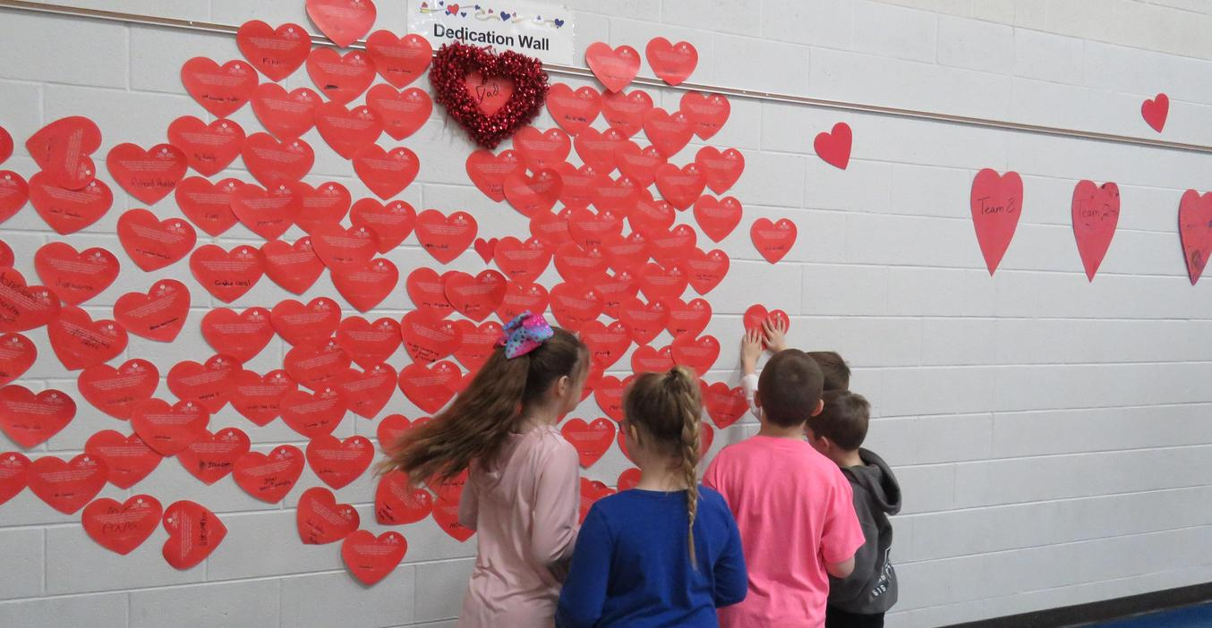 Lee students take part in the Heart Health Challenge and dedicate their efforts to loved ones.
