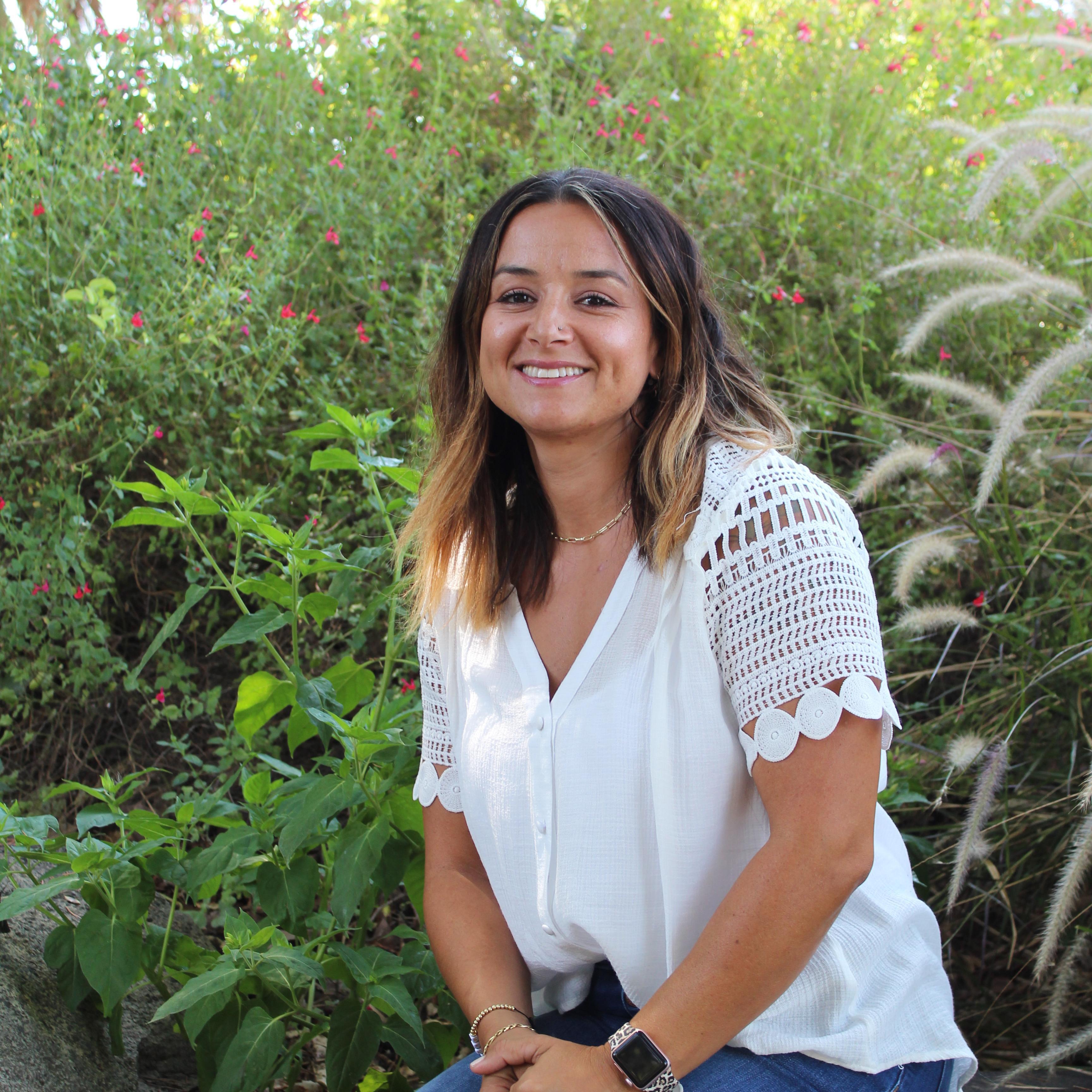 Andrea Flores's Profile Photo