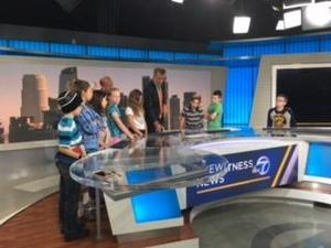 Students at the ABC  7 news desk