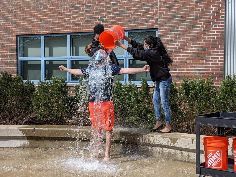 Freezin' For a Reason! FRCS High School Executive Board Continues Annual FRCS Ice Bucket Challenge Tradition! Featured Photo