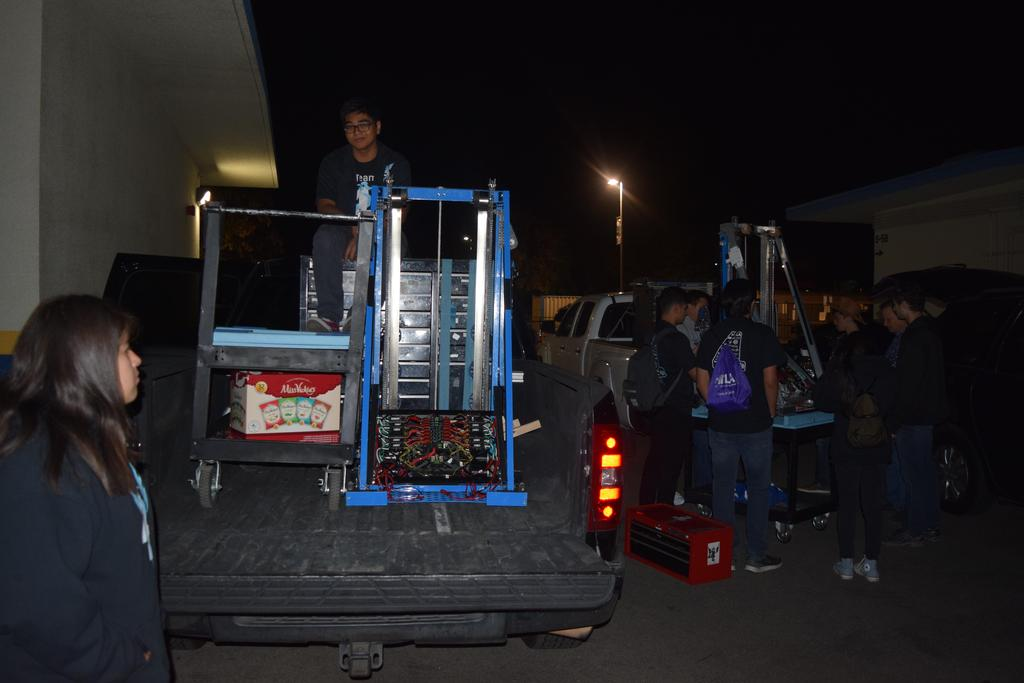 Loading up drive down to San Diego