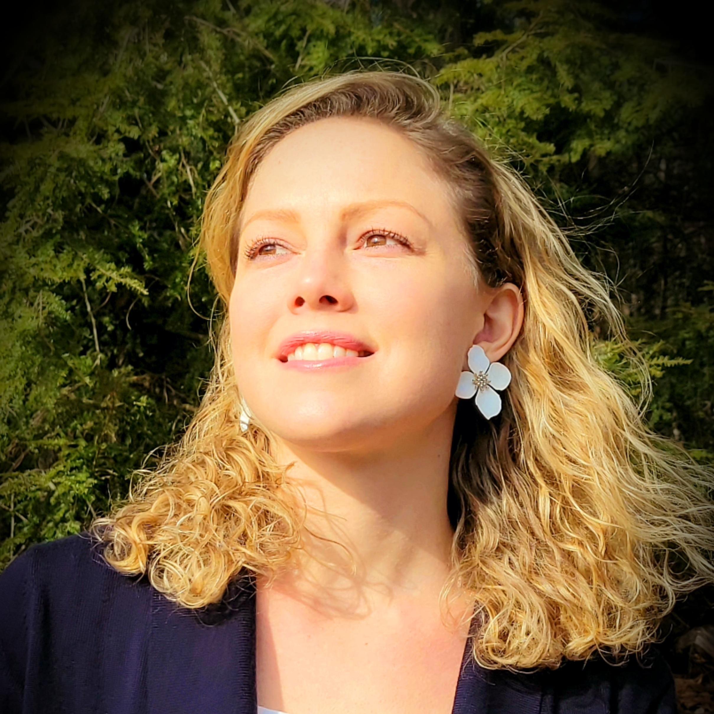 Ms. R. Centeno's Profile Photo