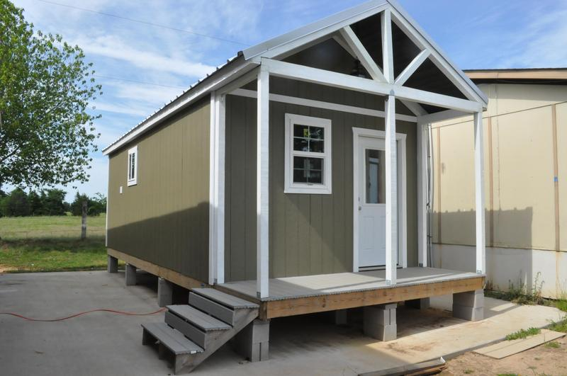 2019 Tiny house, built by LaPoynor High School Geometry in Construction class Thumbnail Image