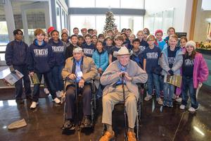 students with WWII veterans