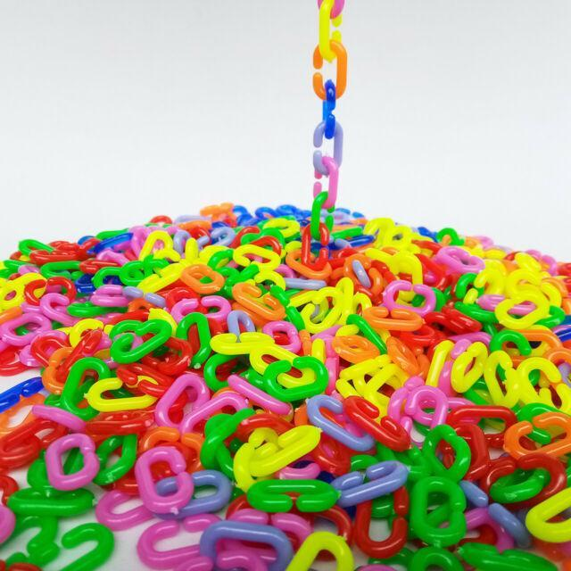 plastic connecting chains in rainbow colors