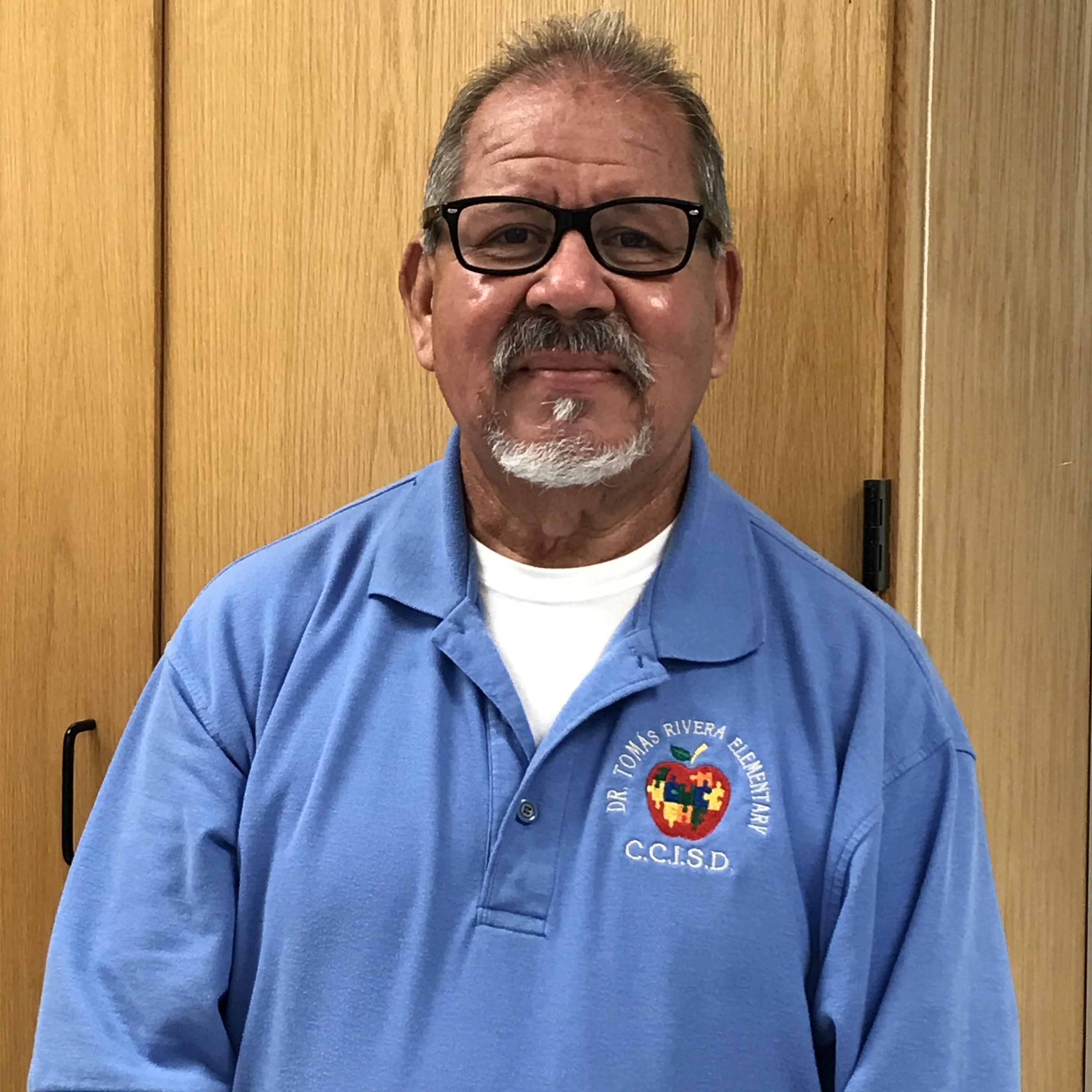 Guillermo Santos Jr's Profile Photo