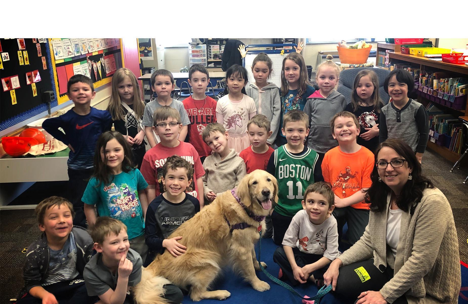 Fuller Kindergarten kids with dog Haleigh