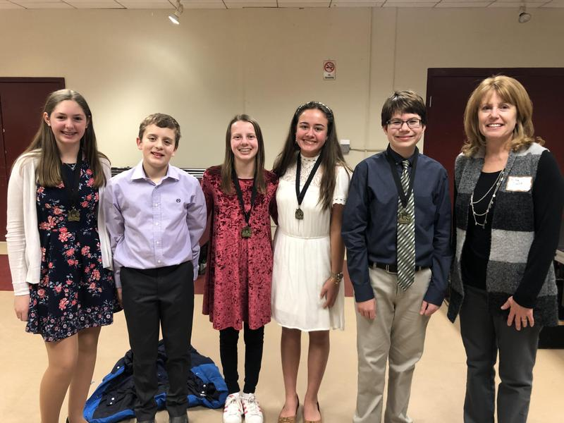Students Qualify for Regional Science Fair Featured Photo