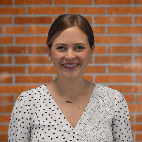 Elizabeth Baskins's Profile Photo