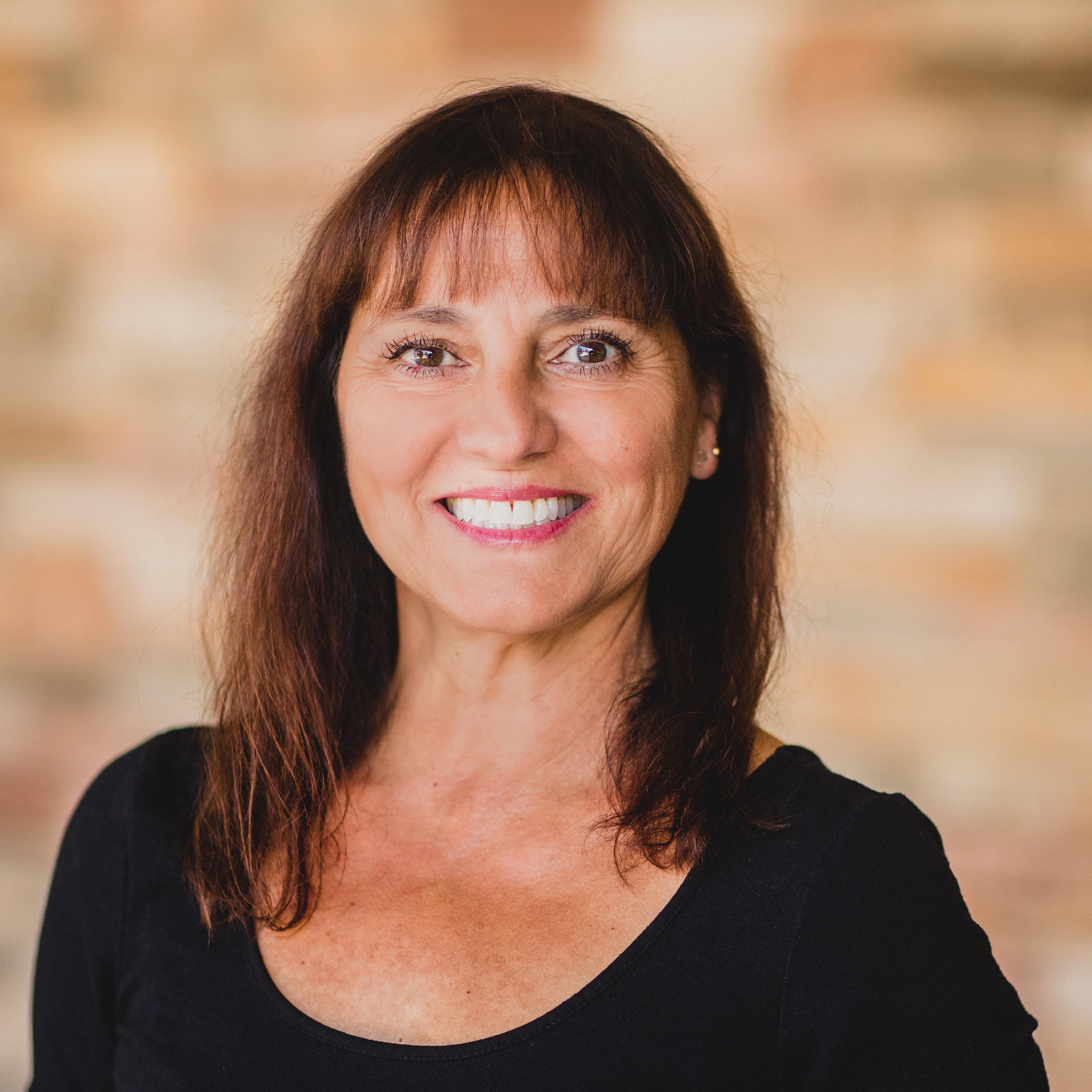 Evelyne Coyne's Profile Photo