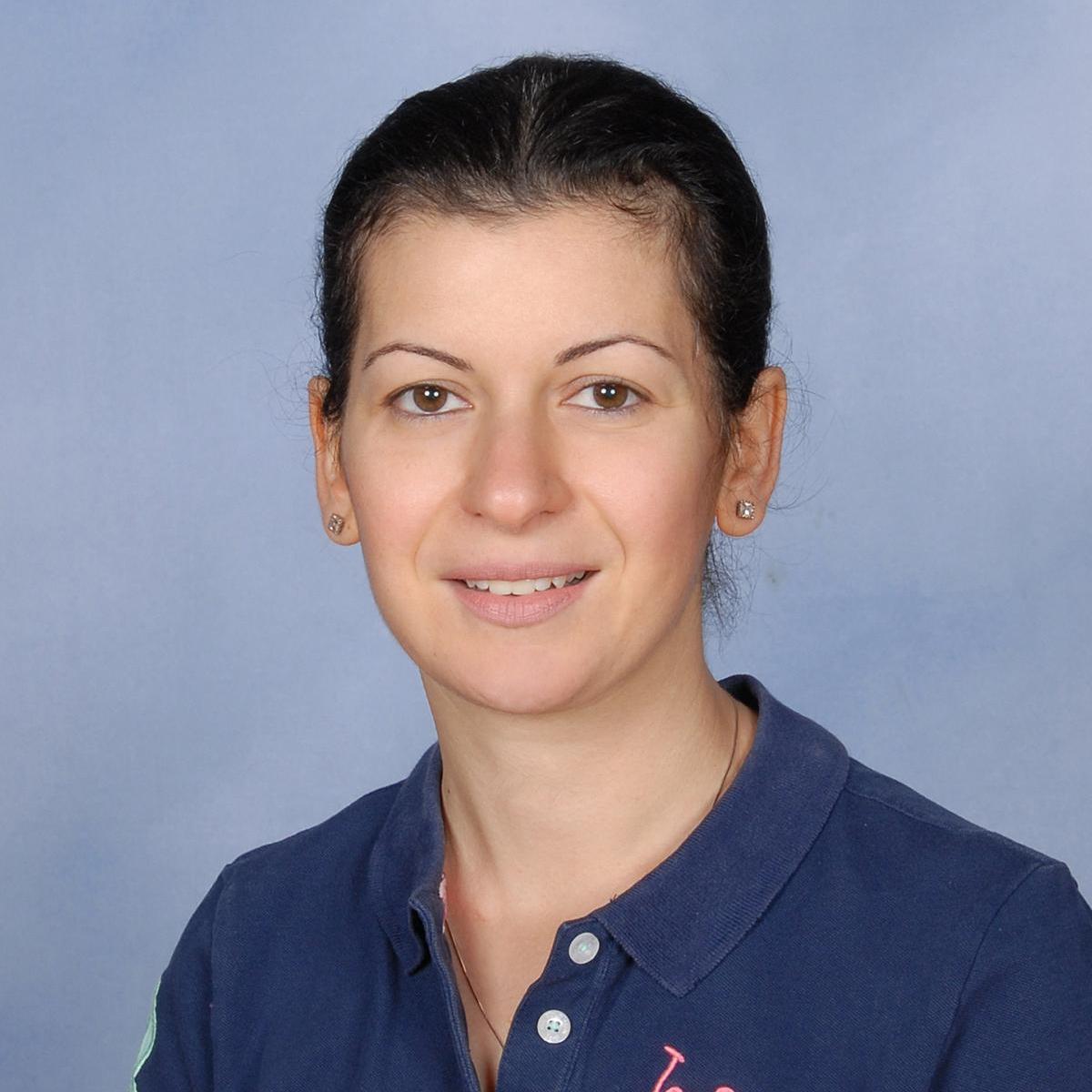 Vivian Avakian's Profile Photo