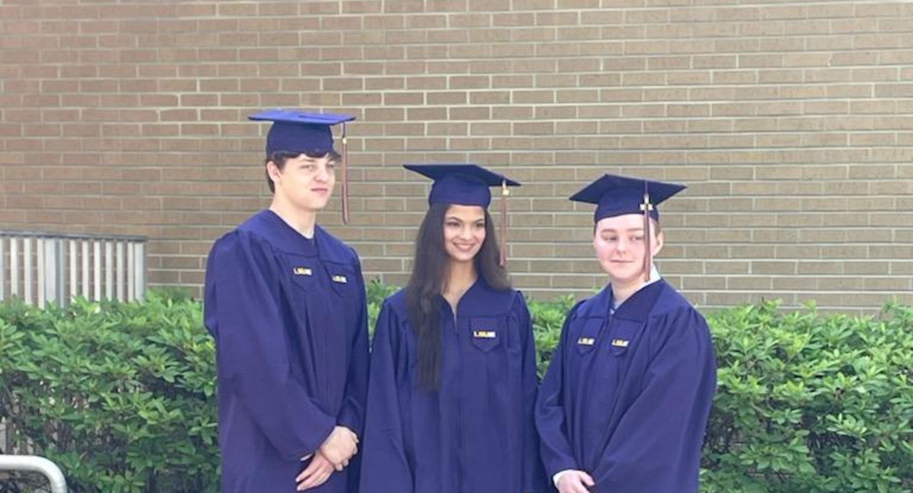 LSUE Associate Degree Graduates