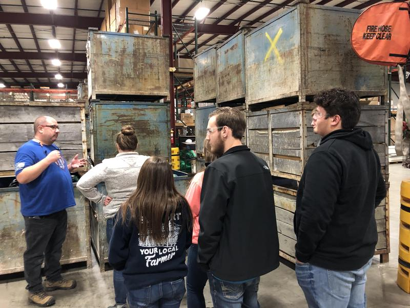 Seniors Take Part in Industry Tour Featured Photo