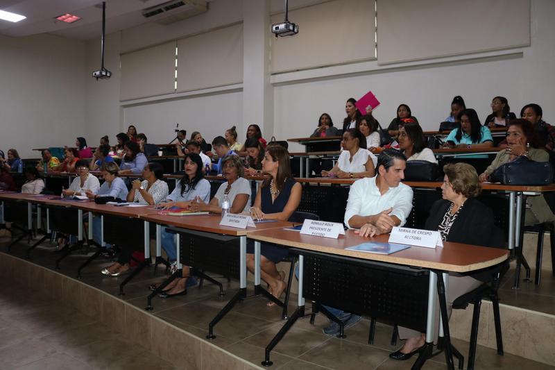 Diplomado en Liderazgo paraMujeres Políticas Featured Photo
