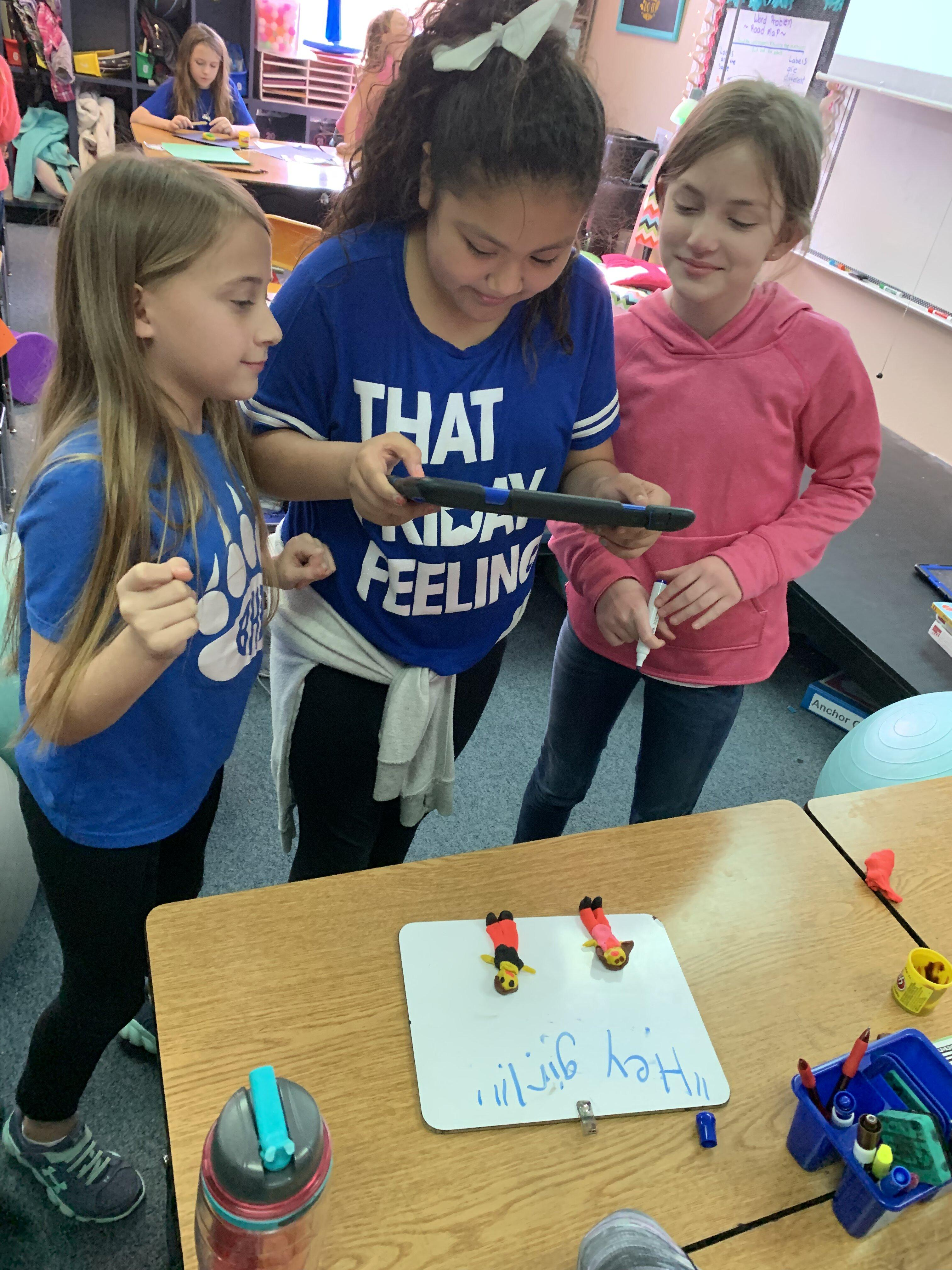 Blue Haze Elementary fourth graders had the opportunity to explore their passions and create products during the weekly Genius Hour in Lindsey Vinson's class.