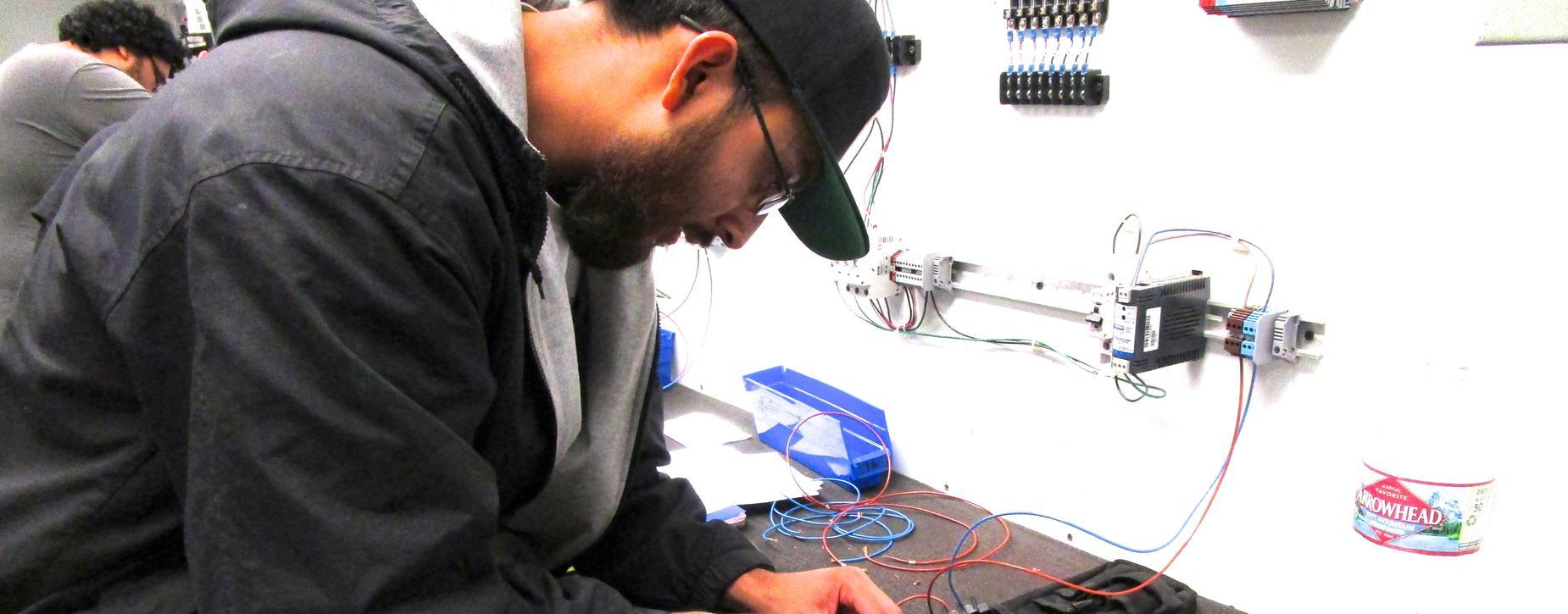 Electrician class