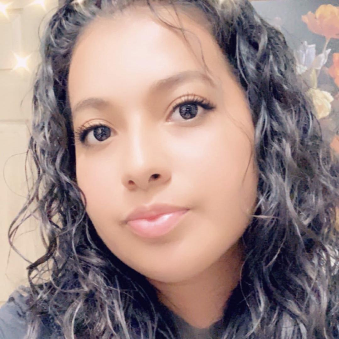 Anna Reyes's Profile Photo