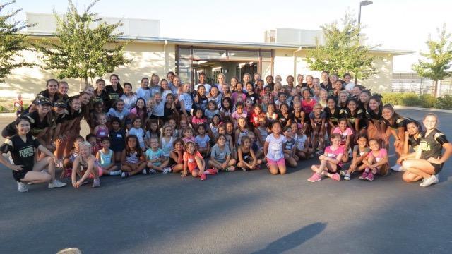 Penn High Cheerleaders at Soleado