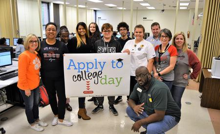 apply to college day