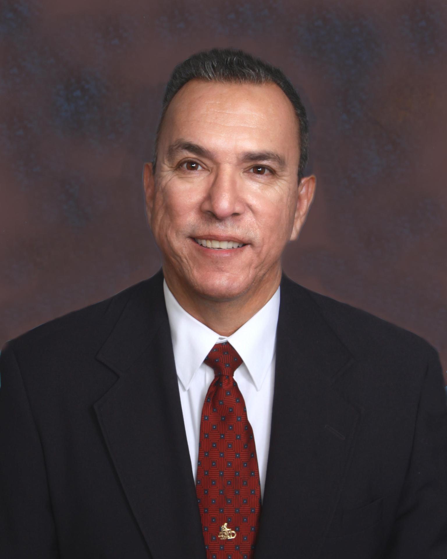 Picture of Trustee Hernandez