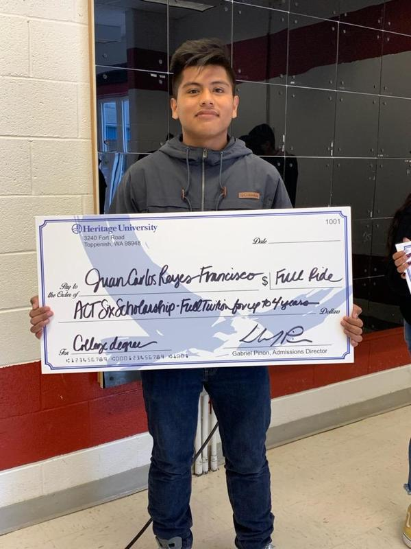 Student received scholarship