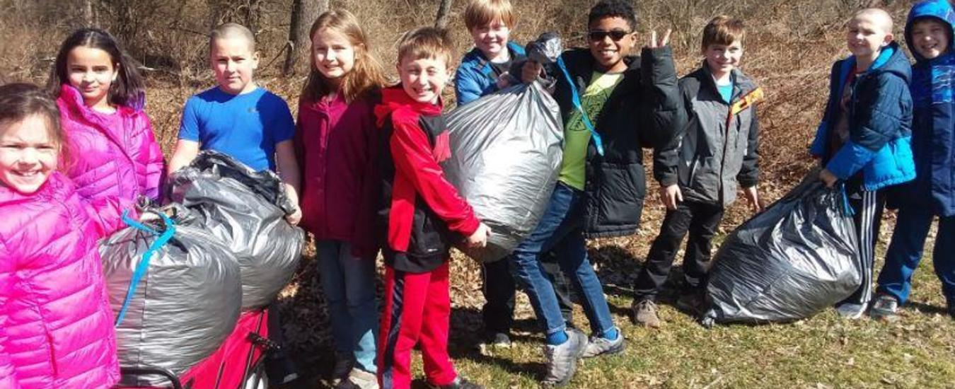 BT Students Help Keep Their School Beautiful